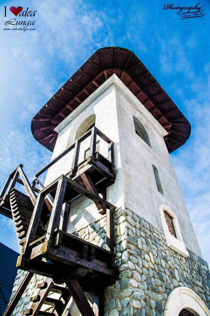 Mănăstirea ACOPERAMÂNTUL MAICII DOMNULUI – TĂUNI