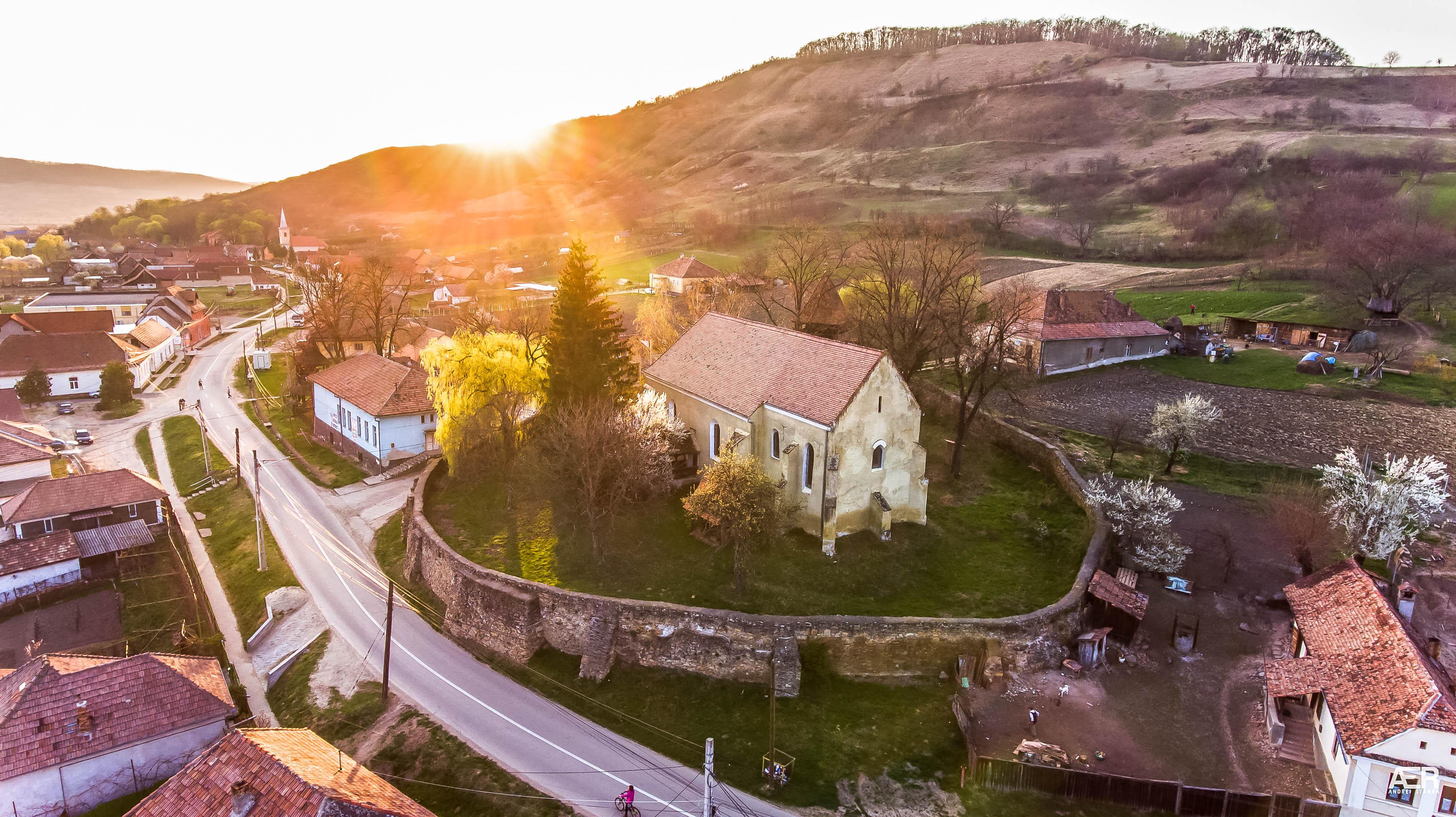 Biserica Evanghelica la început de primăvara